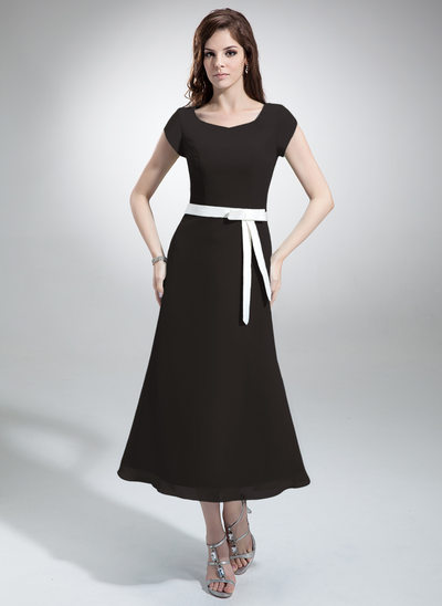 A-Line/Princess V-neck Tea-Length Chiffon Bridesmaid Dress With Sash Bow(s)
