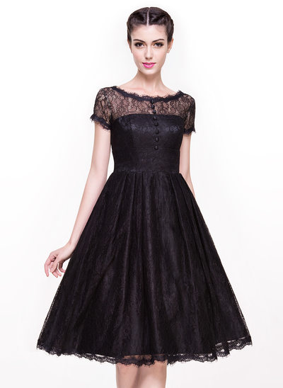 A-Line Scoop Neck Knee-Length Lace Cocktail Dress