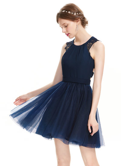 A-Line/Princess Scoop Neck Short/Mini Tulle Homecoming Dress