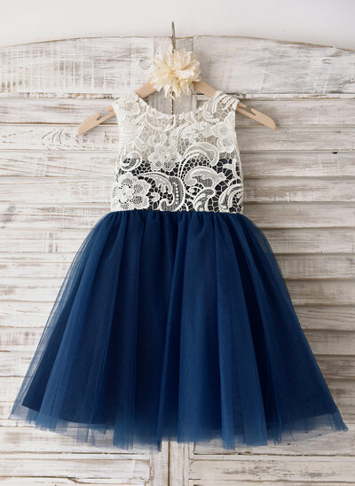A-Line/Princess Knee-length Flower Girl Dress - Tulle Sleeveless Scoop Neck With Lace