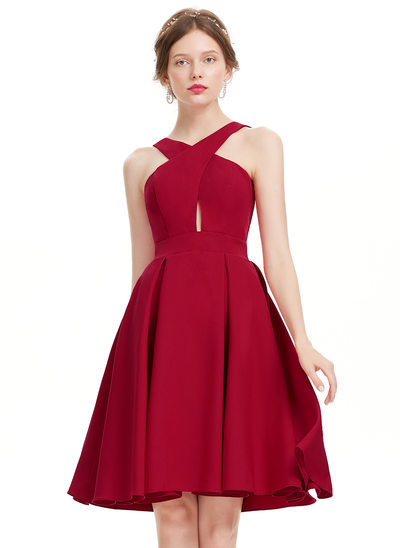 A-Line/Princess V-neck Knee-Length Stretch Crepe Homecoming Dress