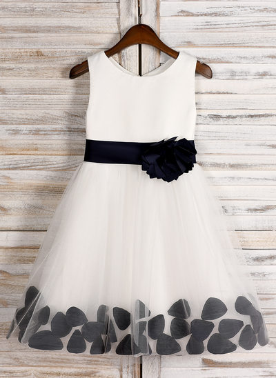 A-Line/Princess Tea-length Flower Girl Dress - Satin Sleeveless Scoop Neck With Sash/Bow(s)