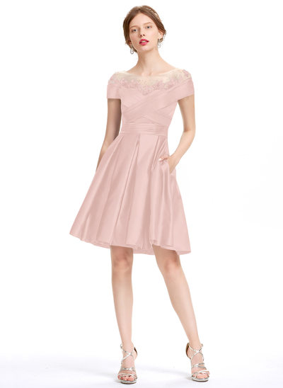 A-Line Scoop Neck Knee-Length Satin Homecoming Dress With Ruffle Beading Sequins Pockets