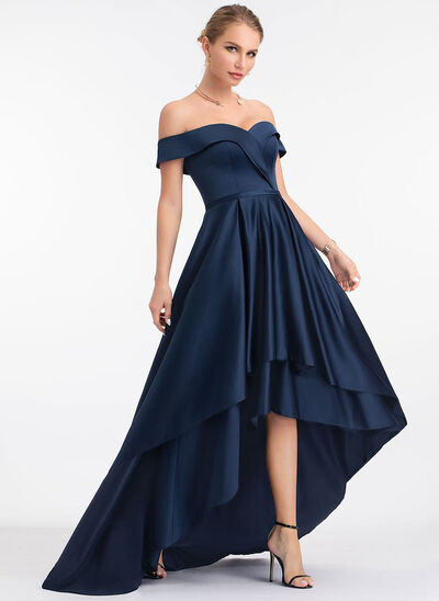A-Formet Off-the-Shoulder Asymmetrisk Satin Festkjole