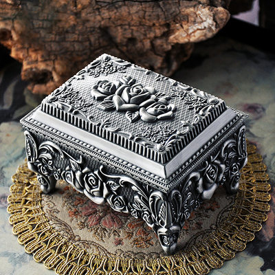 Bridesmaid Gifts - Classic Attractive Eye-catching Zinc Alloy Jewelry Box