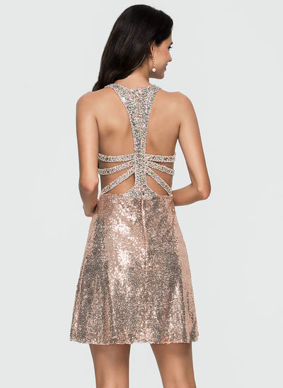 A-Line/Princess Scoop Neck Short/Mini Sequined Homecoming Dress With Beading