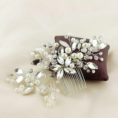 Ladies Amazing Alloy Combs & Barrettes With Venetian Pearl (Sold in single piece)