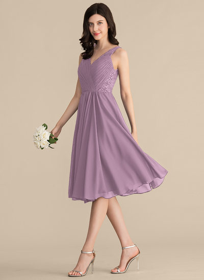 A-Line/Princess V-neck Knee-Length Chiffon Lace Bridesmaid Dress With Ruffle