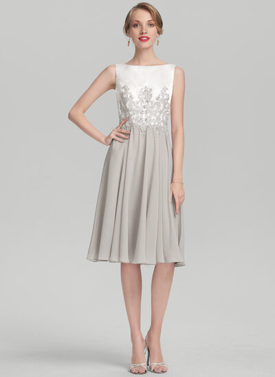 A-Line Scoop Neck Knee-Length Chiffon Satin Cocktail Dress With Beading Appliques Lace