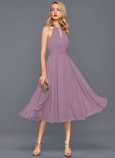 A-Line Scoop Neck Knee-Length Chiffon Cocktail Dress With Ruffle