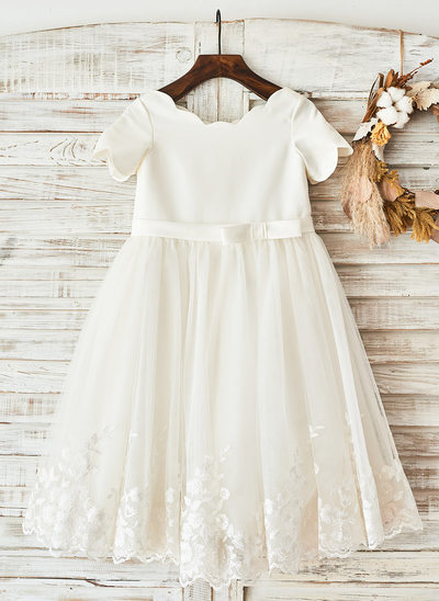 A-Line/Princess Knee-length Flower Girl Dress - Satin Short Sleeves Scoop Neck With Bow(s)