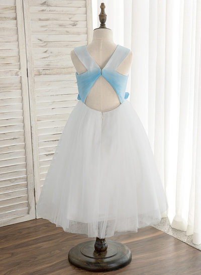 A-Line/Princess Knee-length Flower Girl Dress - Tulle Sleeveless Scoop Neck With Pleated