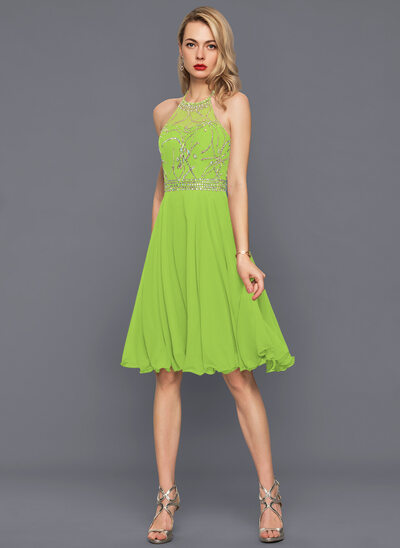 A-Line/Princess Halter Knee-Length Chiffon Cocktail Dress With Beading Sequins