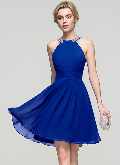 A-Line/Princess Scoop Neck Knee-Length Chiffon Prom Dress With Ruffle Beading