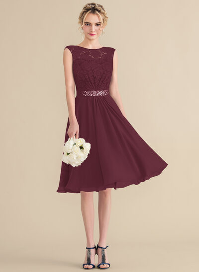 A-Line/Princess Scoop Neck Knee-Length Chiffon Lace Bridesmaid Dress With Beading Sequins Bow(s)