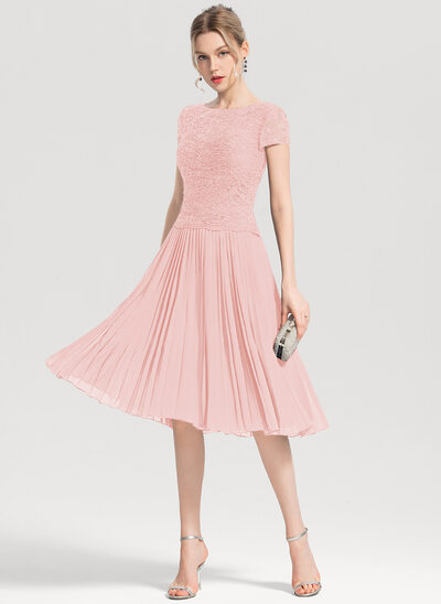 A-Line Scoop Neck Knee-Length Chiffon Cocktail Dress With Sequins Pleated