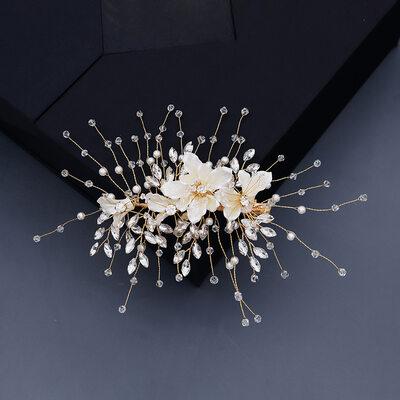 Ladies Beautiful Crystal/Rhinestone/Imitation Pearls Hairpins With Rhinestone/Venetian Pearl/Crystal (Sold in single piece)