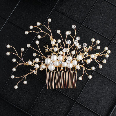 Ladies Imitation Pearls Combs & Barrettes (Sold in single piece)