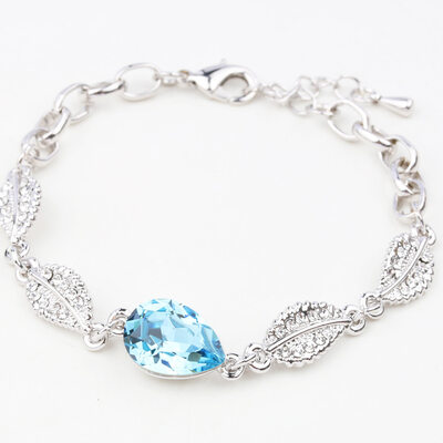 Ladies' Charming Alloy Rhinestone/Austrian Crystal Bracelets For Bride