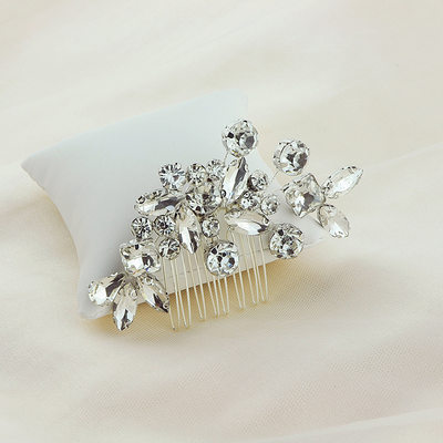 Ladies Beautiful Alloy Combs & Barrettes With Crystal (Sold in single piece)