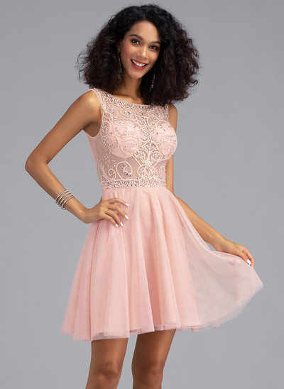 A-Line Scoop Neck Short/Mini Tulle Homecoming Dress With Beading Sequins