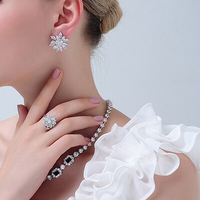 Ladies' Vintage 925 Sterling Silver With Diamond Cubic Zirconia Earrings For Bride/For Bridesmaid