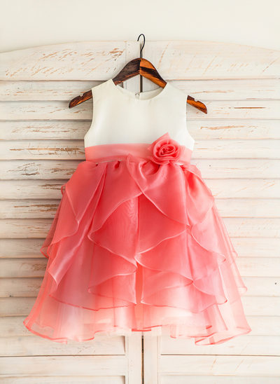 Knee-length Flower Girl Dress - Organza/Satin/Cotton Sleeveless Scoop Neck With Ruffles/Flower(s)