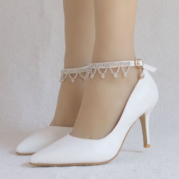 Women's Leatherette Spool Heel Closed Toe Pumps With Tassel