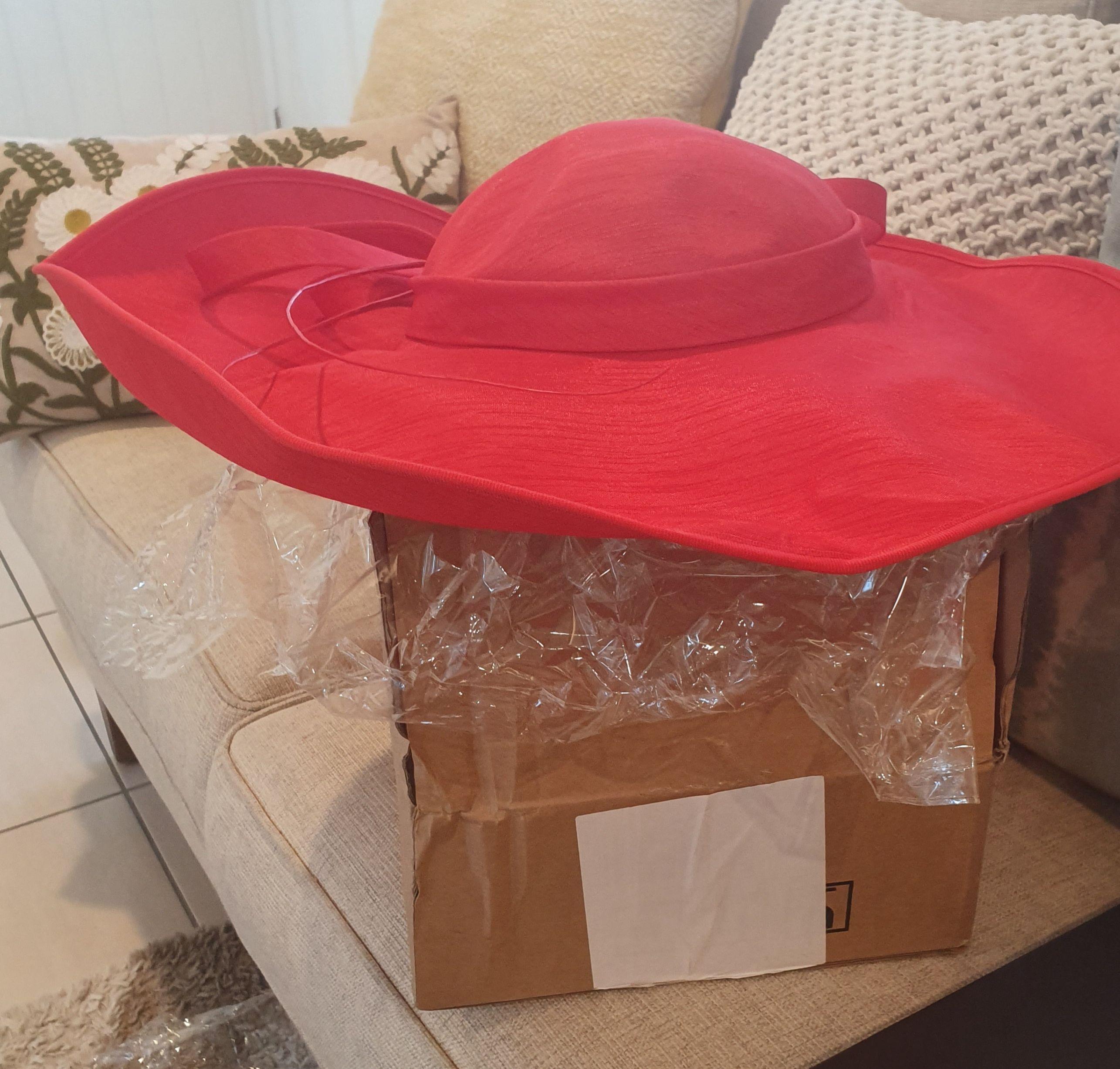 Dames Élégante Batiste avec Bowknot Chapeau melon / Chapeau cloche/Kentucky Derby Des Chapeaux