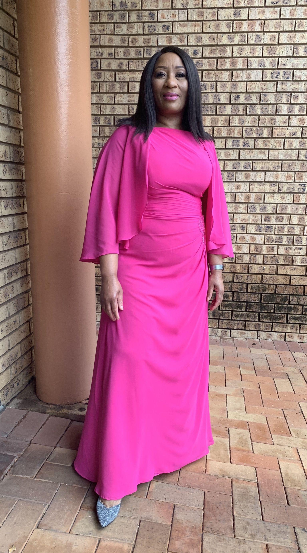 Coupe évasée col rond longueur ras du sol mousseline robe de mère de la mariée avec plissé brodé paillettes (008179219)