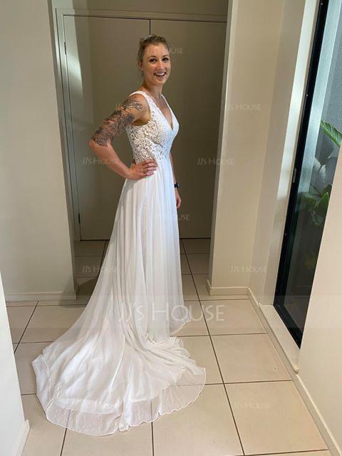 A-Line V-neck Court Train Chiffon Wedding Dress (002118434)
