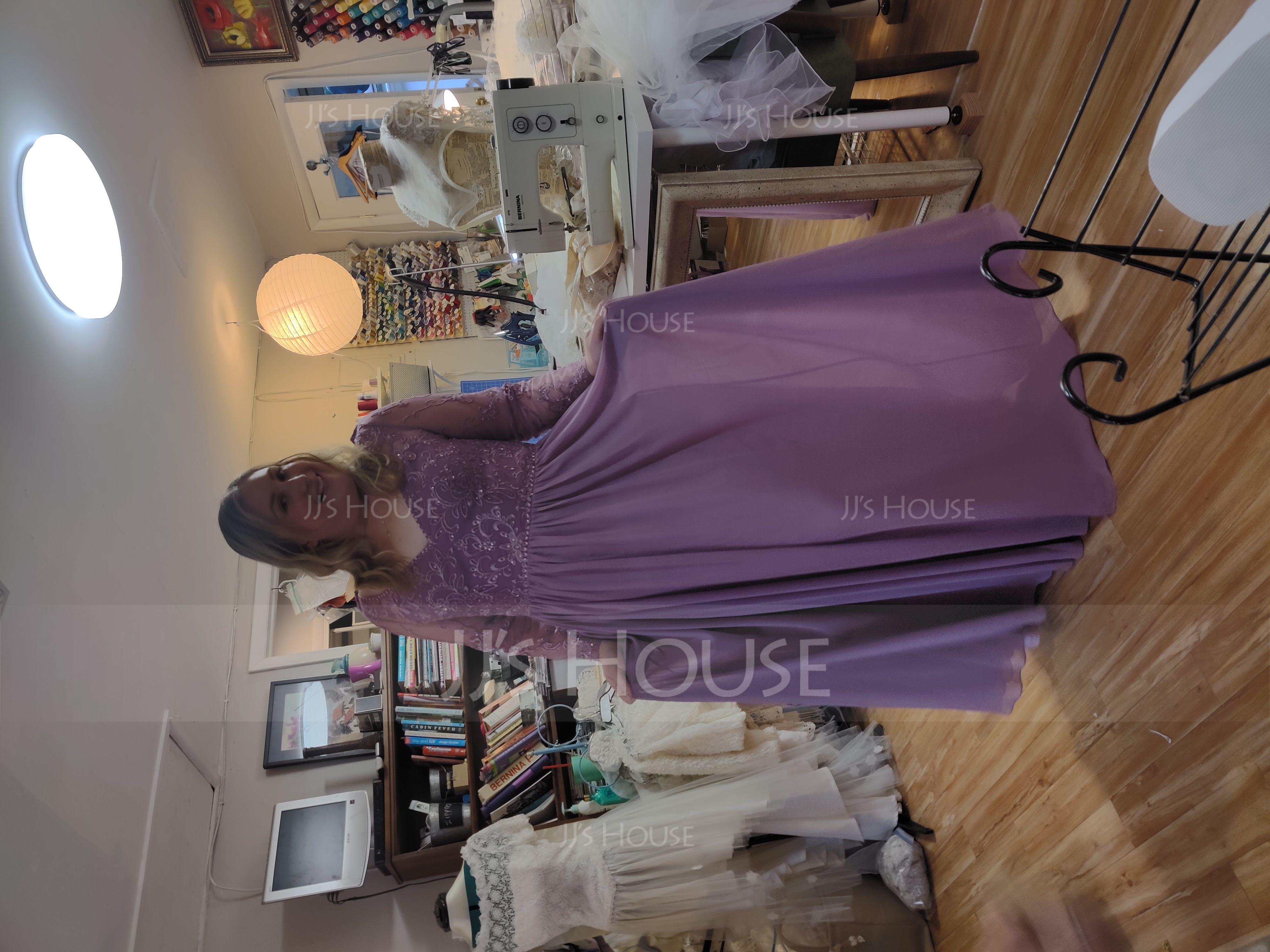 A-Linjainen V-kaula-aukko Lattiaa hipova pituus Sifonki Pitsi Morsiusneitojen mekko jossa Helmikoristelu Taskut (007153310)