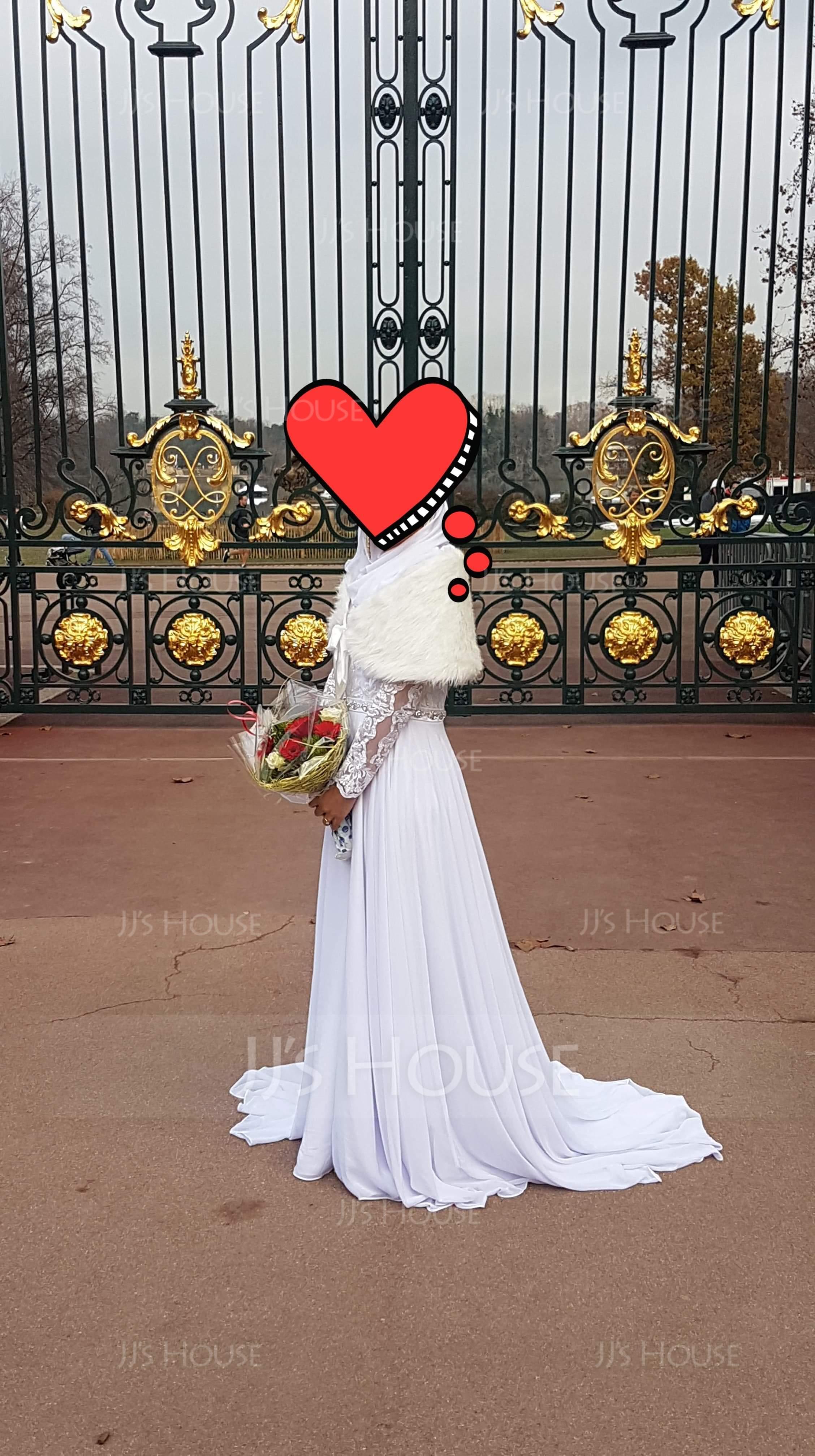Forme Princesse Col rond Traîne moyenne Mousseline Robe de mariée avec Brodé (002127253)