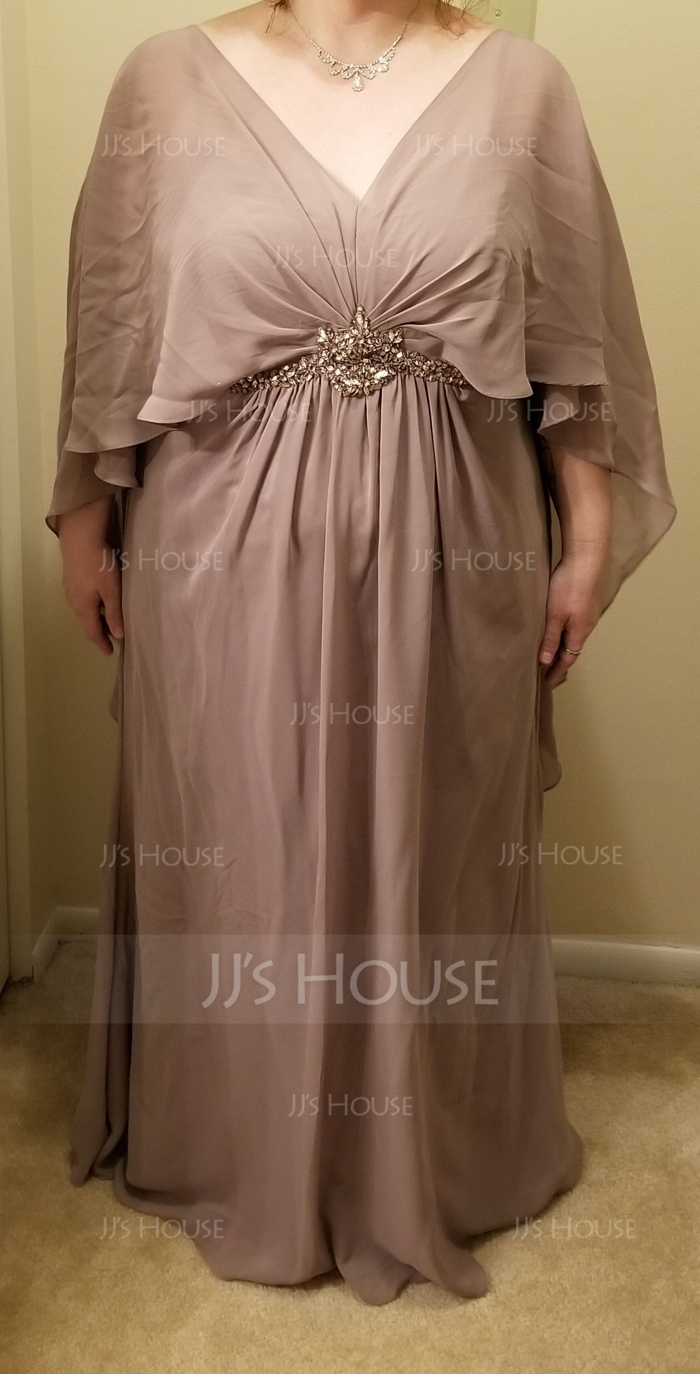 A-Line V-neck Floor-Length Chiffon Mother of the Bride Dress With Ruffle Beading (008114249)