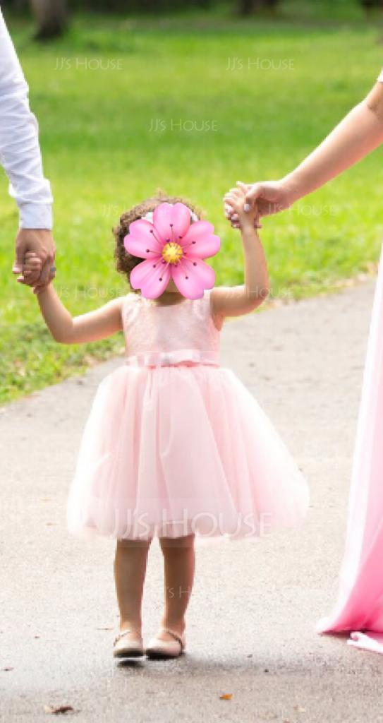Ball Gown Knee-length Flower Girl Dress - Tulle/Lace Sleeveless Scoop Neck With Bow(s) (010093198)