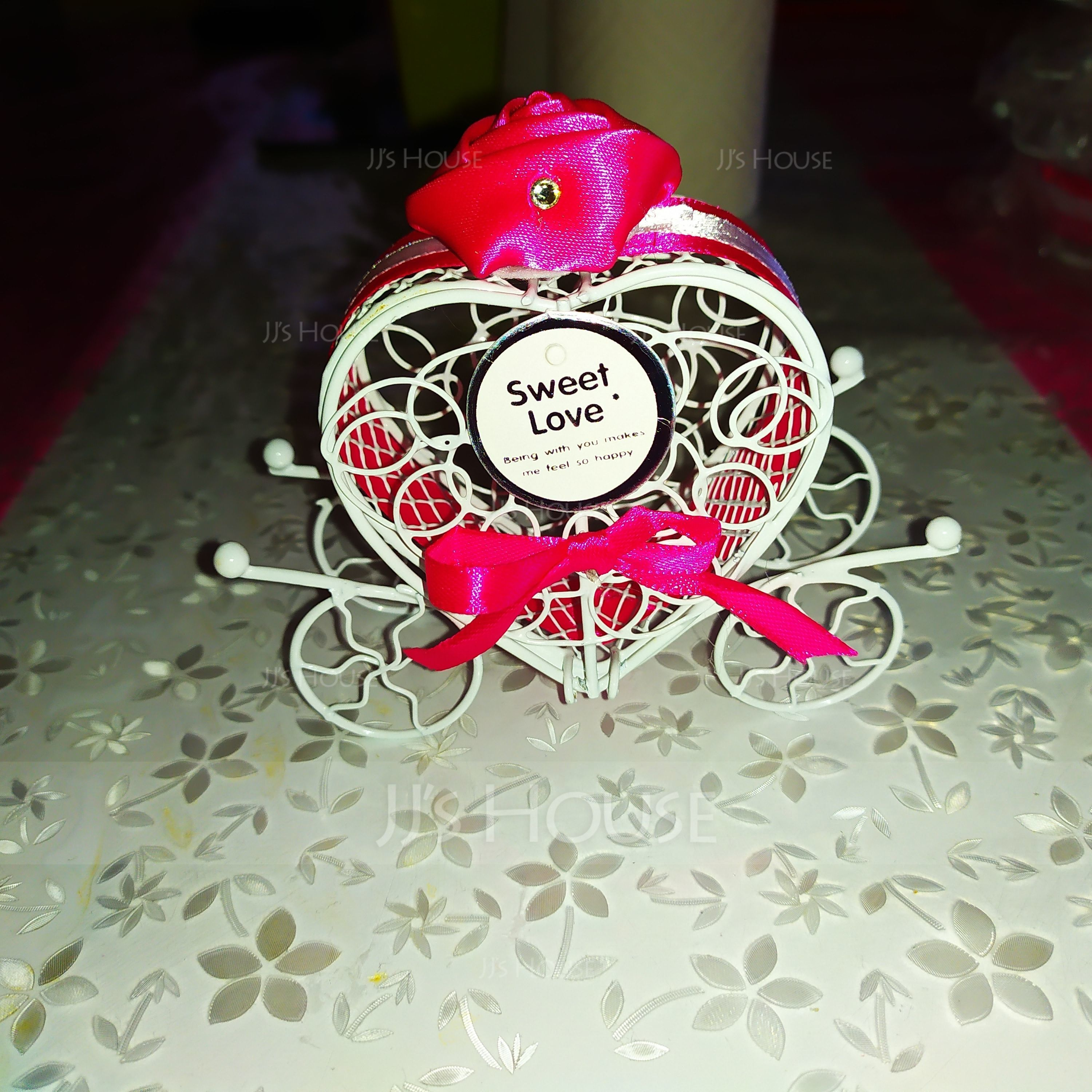 Lovely/Heart style Heart-shaped Metal Favor Boxes & Containers/Candy Jars and Bottles With Ribbons (Set of 12)