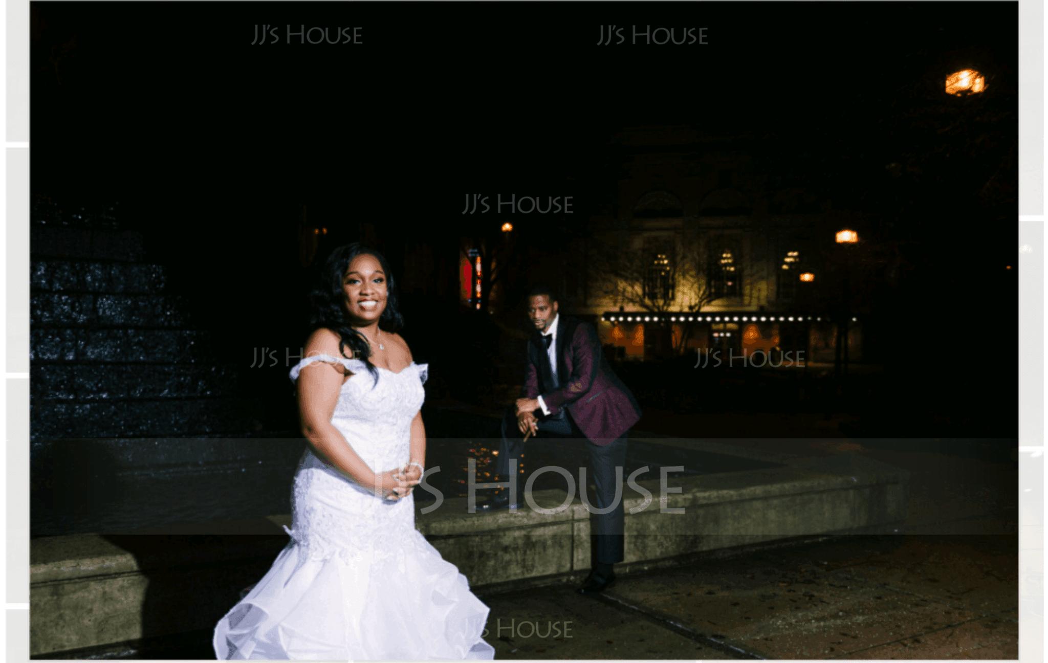 Trumpet/Mermaid Sweetheart Sweep Train Organza Lace Wedding Dress (002111943)