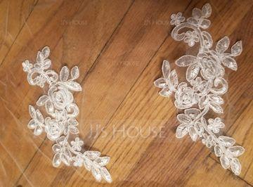 Two-tier Lace Applique Edge Chapel Bridal Veils With Lace (006141334)