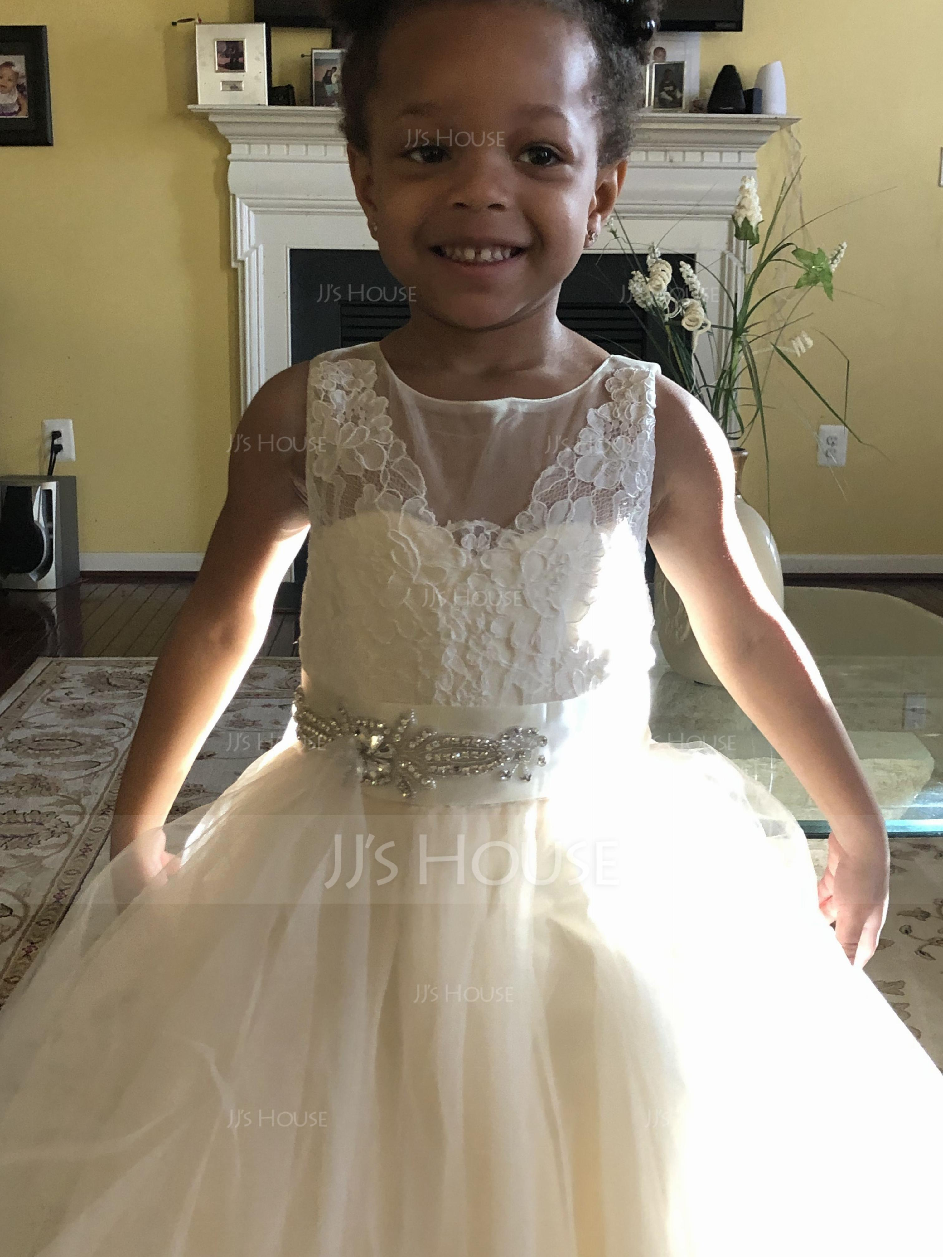 1f9763c41 I loved the flower girl dress I recently purchase. The dress arrived  quickly and the material used to make the dress was exquisite!