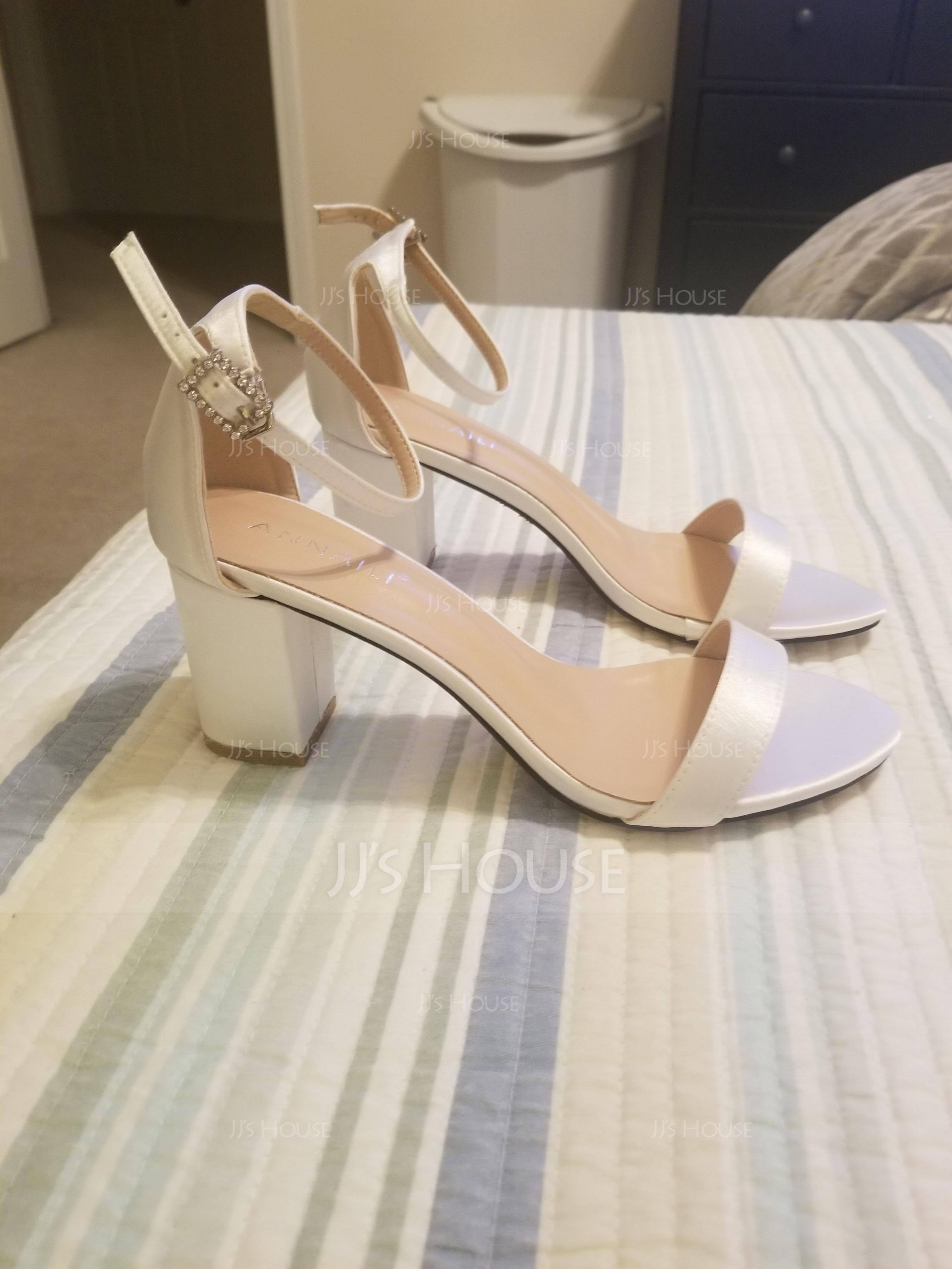 Women's Satin Chunky Heel Peep Toe Sandals With Buckle (047142644)