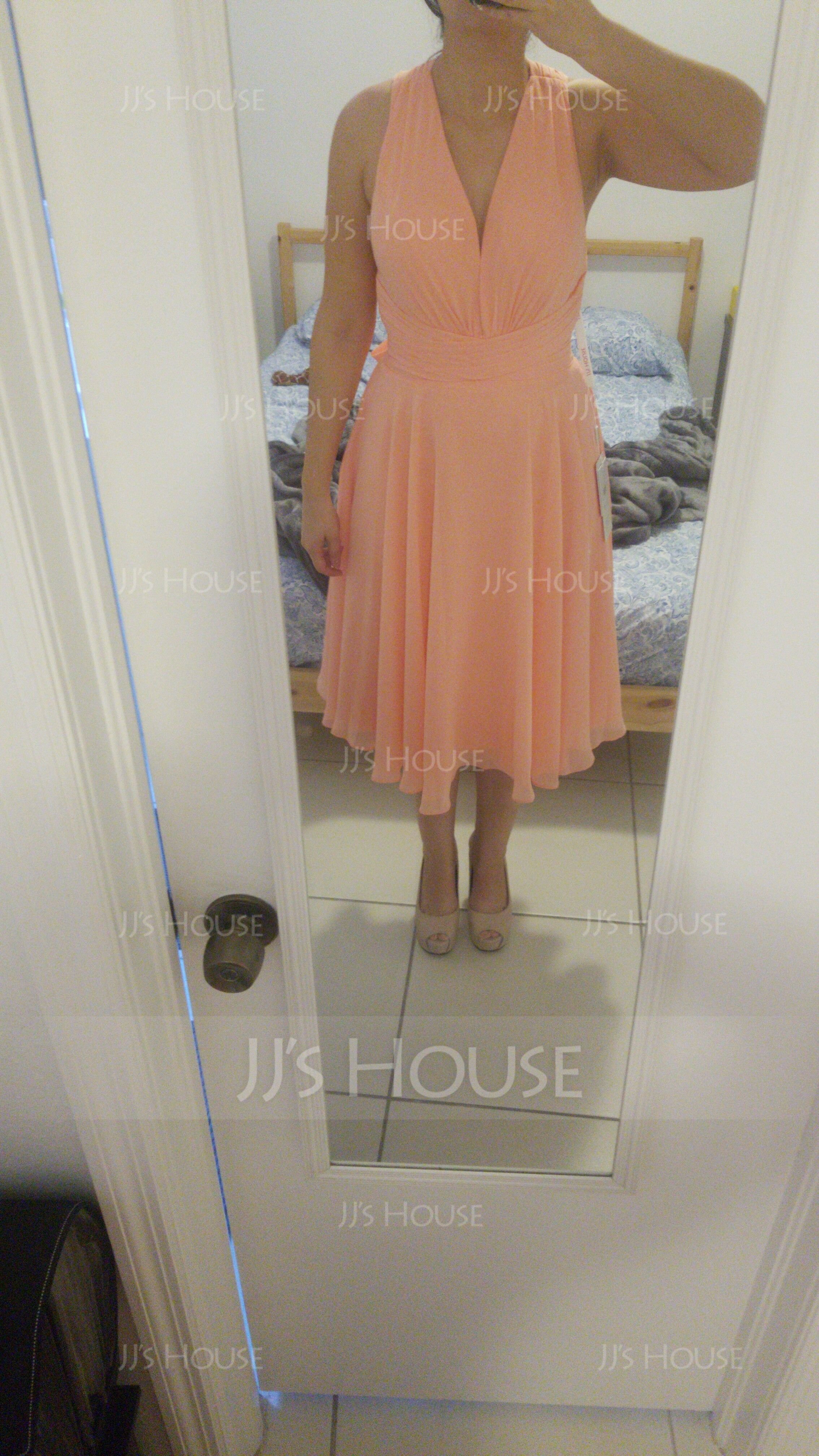 A-Line V-neck Knee-Length Chiffon Cocktail Dress With Ruffle Bow(s) (016140361)