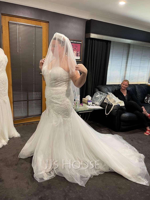 Two-tier Cut Edge Elbow Bridal Veils
