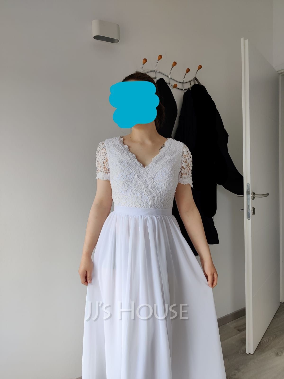 V-neck Asymmetrical Wedding Dress With Lace (265258368)