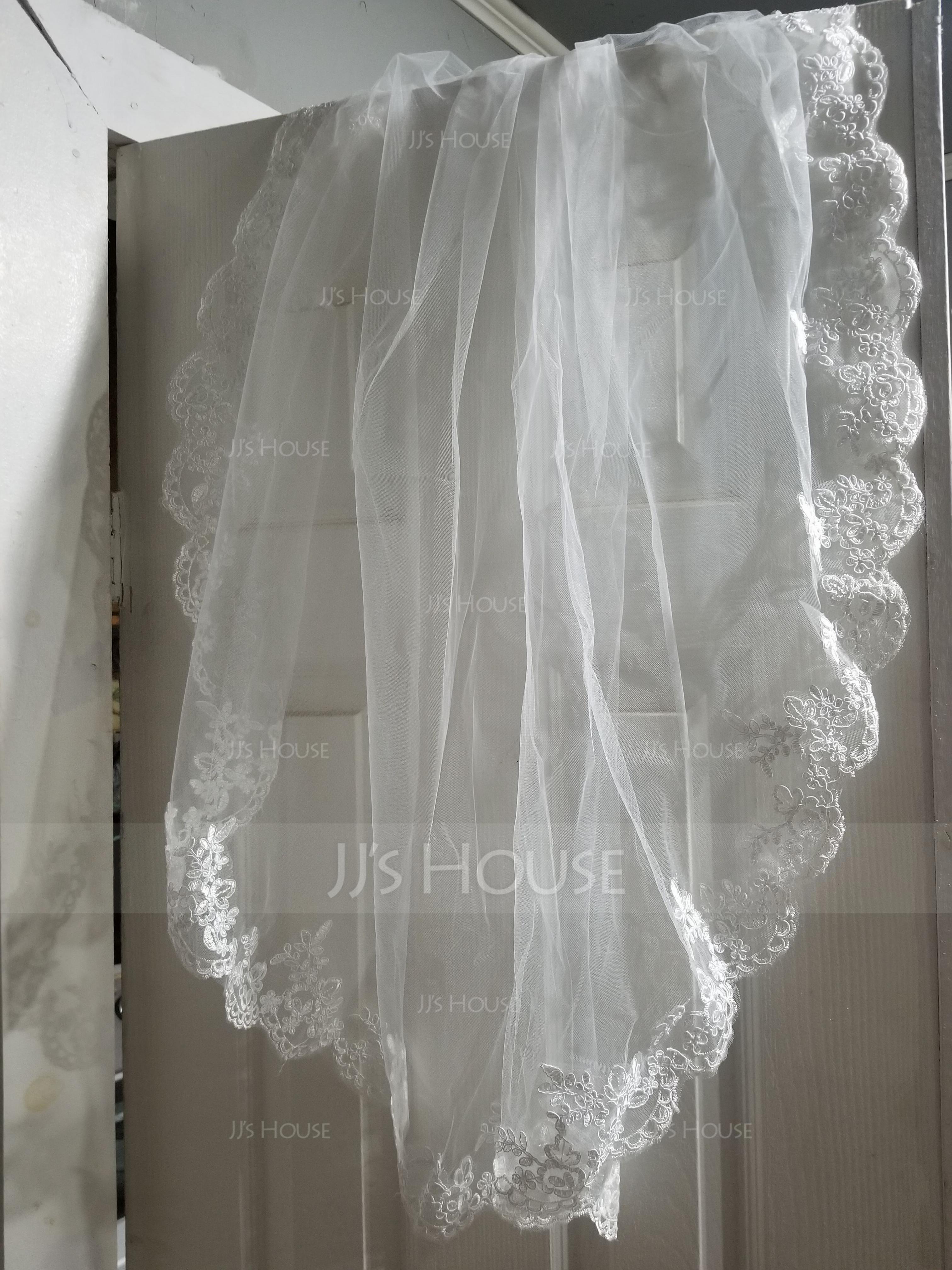One-tier Lace Applique Edge Fingertip Bridal Veils With Applique (006141254)