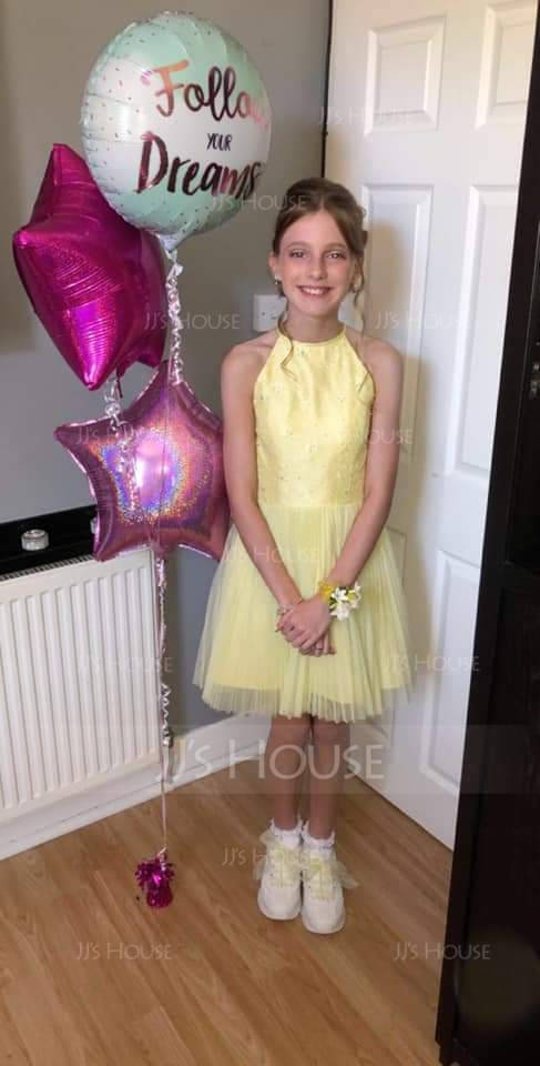 A-Line/Princess Scoop Neck Short/Mini Prom Dresses With Beading Sequins Bow(s) Pleated (018113169)