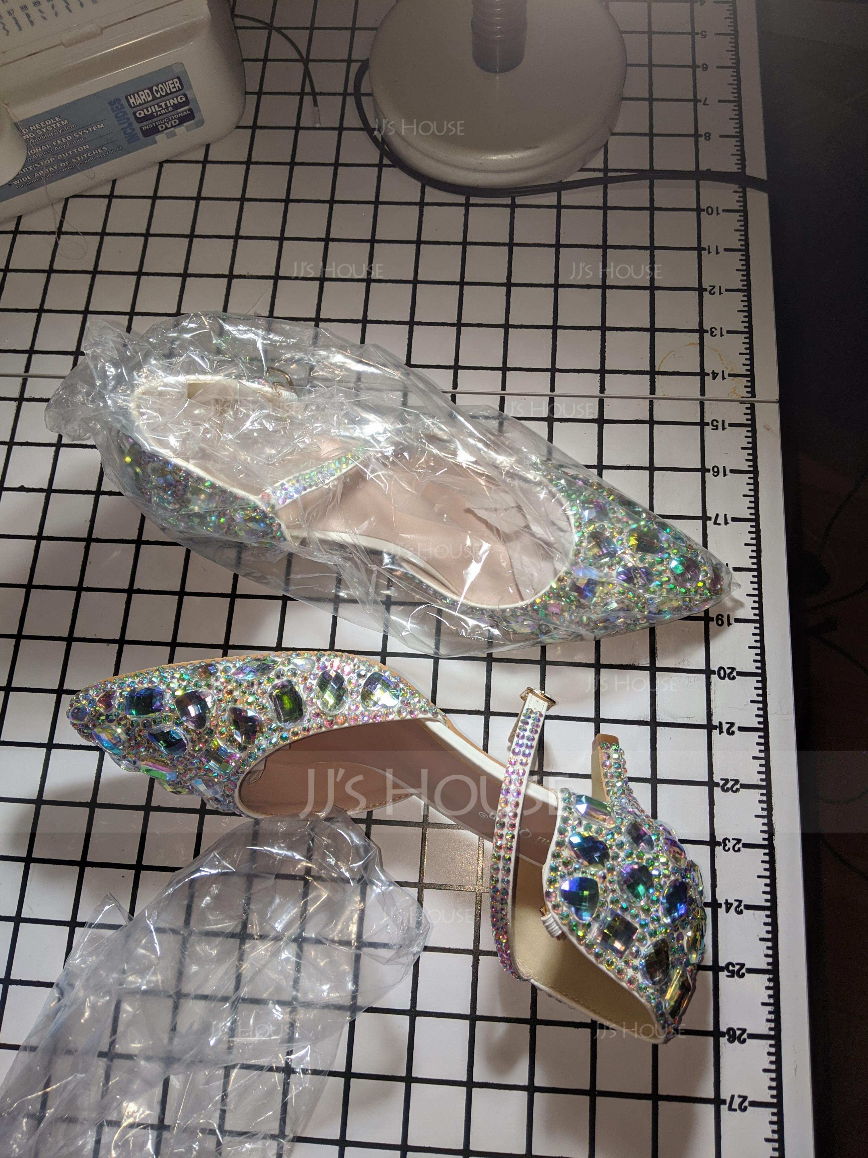 Women's Leatherette Low Heel Closed Toe Pumps Sandals With Crystal (047170298)