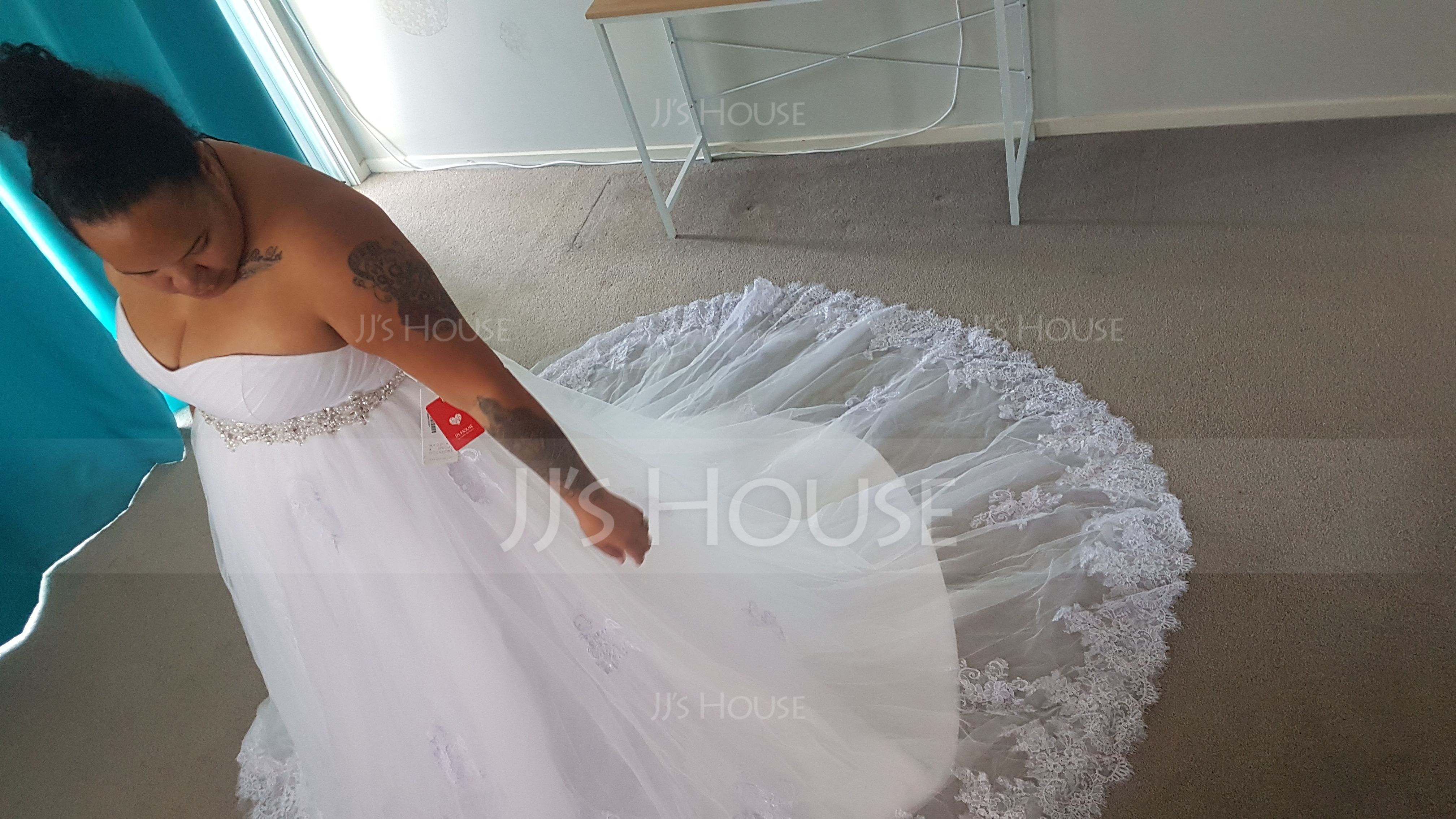 Ball-Gown Sweetheart Chapel Train Tulle Wedding Dress With Ruffle Beading Sequins (002058781)