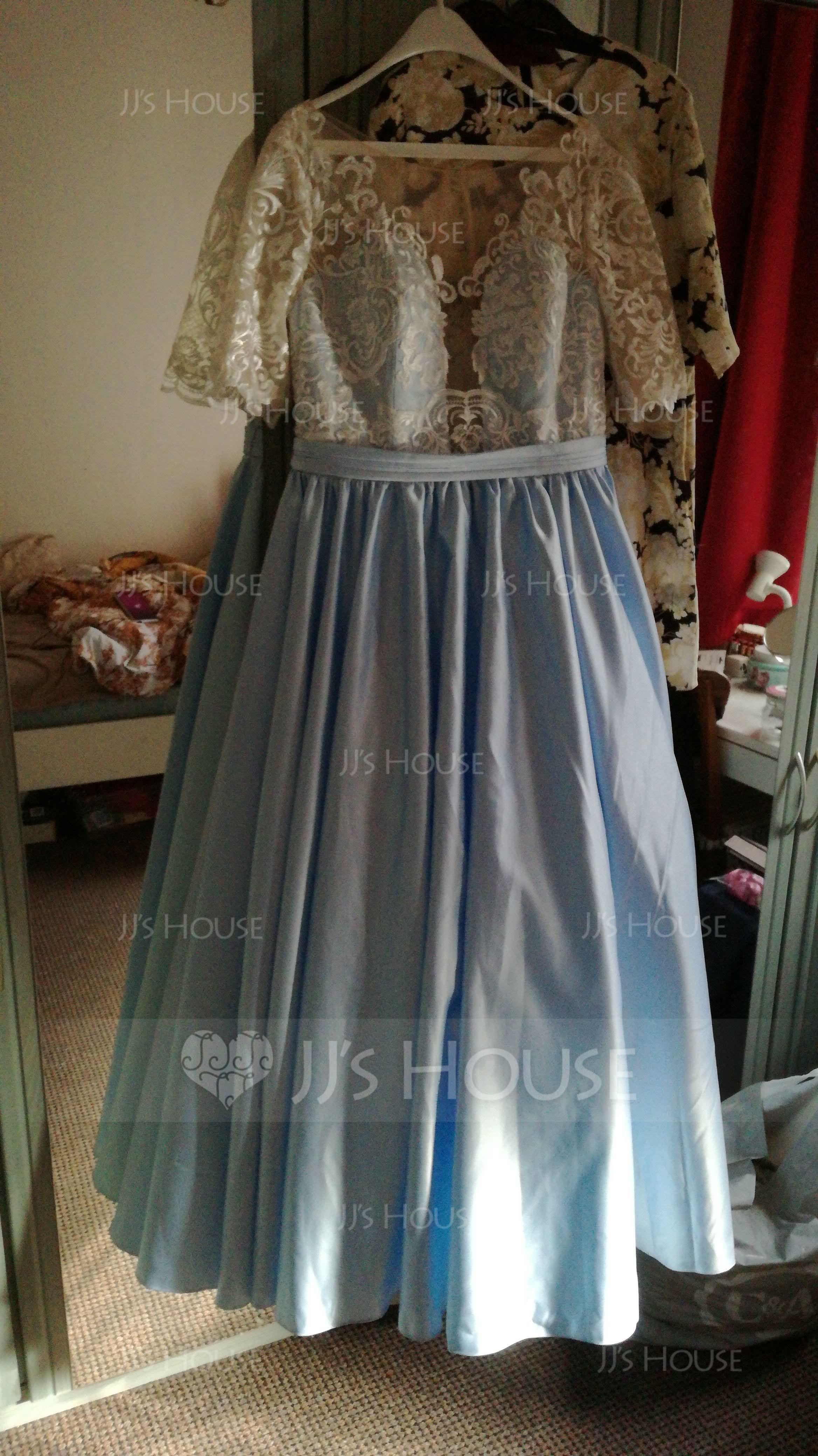 Ball-Gown/Princess Scoop Neck Floor-Length Satin Prom Dresses (018138359)