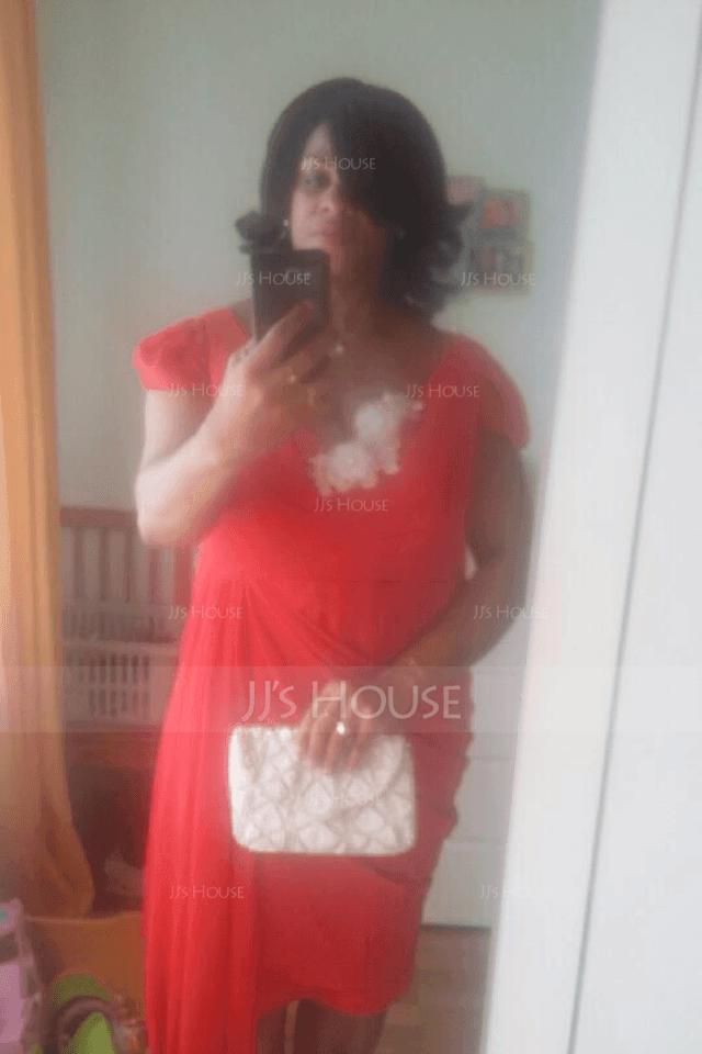 Платье-чехол V-образный Длина до колен шифон Коктейльные Платье с Рябь Ниспадающие оборки (016094355)