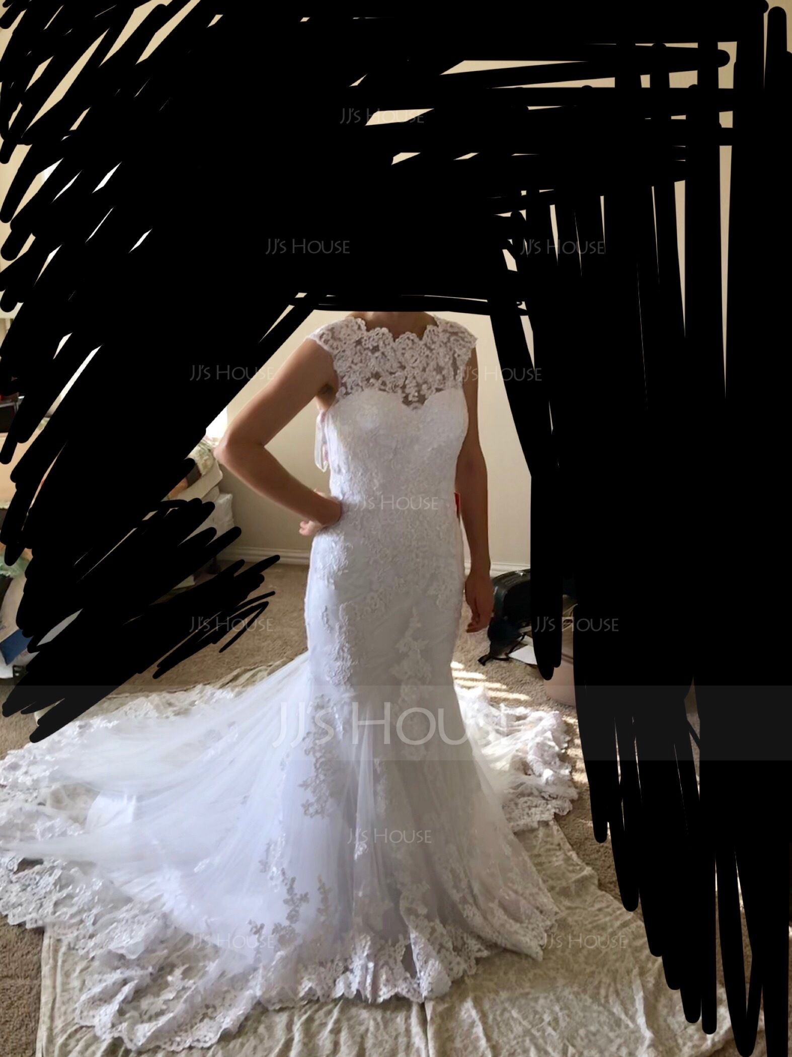 Trumpet/Mermaid Scoop Neck Court Train Tulle Wedding Dress (002134809)